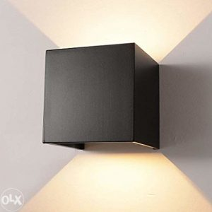 Zidna dekorativna lampa LED 12W